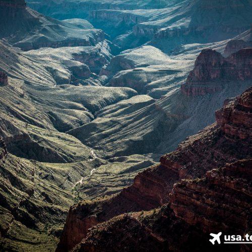 Bei tiefstehender Sonne verändert sich der Canyon